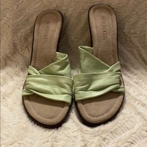 Aerosoles green sandals